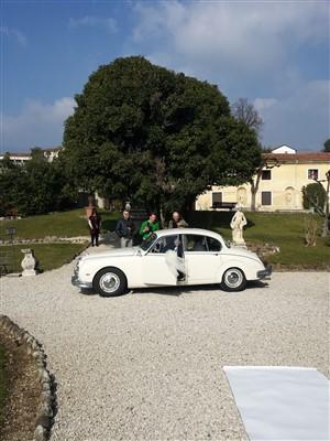 macchina degli sposi per matrimonio tema carnevale veneziano