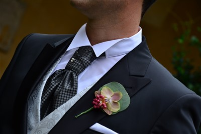dettaglio sposo - matrimonio a tema danza