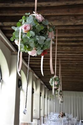 allestimento florealer location per matrimonio a tema danza