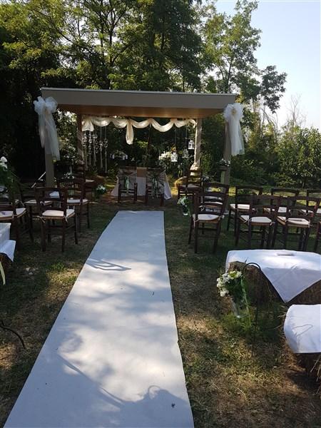 allestimento per cerimonia civile - matrimonio in agriturismo
