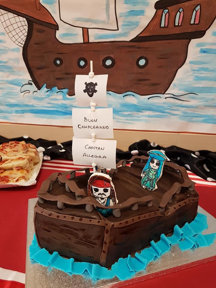 Comlpeanno a Tema Pirati